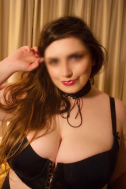 Bunny London BBW Companion